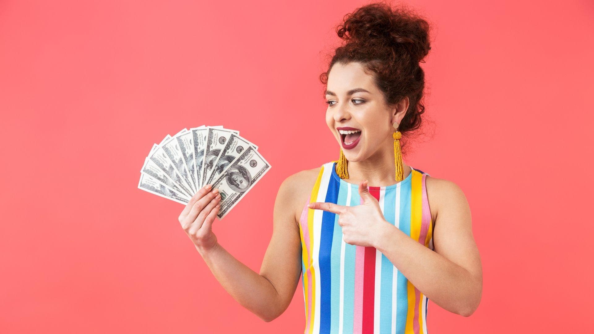 TikTok Woman with money in hand
